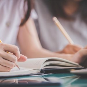 Alumnos de curso de inglés para adolescentes Cambridge